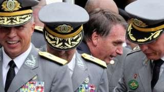 Bolsonaro em cerimônia militar de 2018