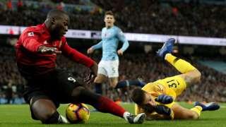 Romelu Lukaku is fouled