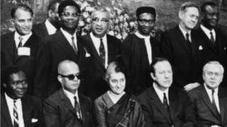 1969లో లండన్లో జరిగిన కామన్వెల్త్ దేశాధినేతల సదస్సులో పాల్గొన్న ఇందిరాగాంధీ