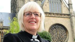 Very Rev Christine Wilson