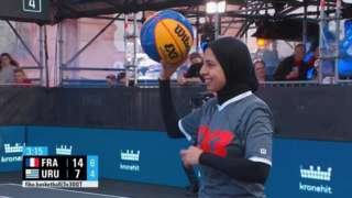 Sara Gamal on the court