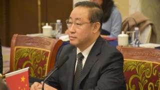 傅政华从北京市公安局普通侦查员做起,一路当上公安部副部长,乃至司法部部长。