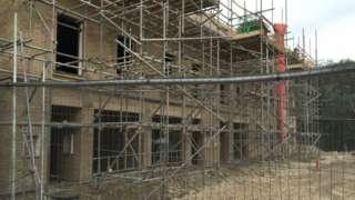 Construction of the Shimmer estate in Mexborough - photo taken November 2016