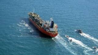 တောင်ကိုရီးယား အလံတင် ရေနံတင်သင်္ဘောကို အီရန် တပ်ဖွဲ့ဝင်တွေက သိမ်းပိုက်ထား