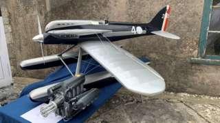 Model of the Supermarine S5 racing seaplane