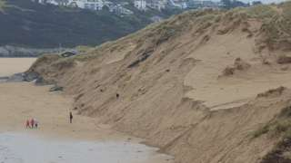 sand cliffs at crantock