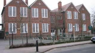 West Oxford Community Primary School