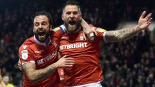 Nottingham Forest's Daryl Murphy celebrates his goal against Leeds United