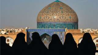 верующие в Иране