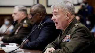 यूएस सेंट्रल कमांड के मुखिया जनरल फ्रैंक मैकेंजी
