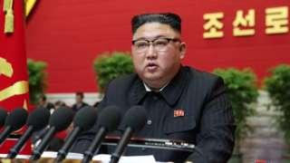 金正恩是在少见的劳动党代表大会致开幕辞时发表这番讲话的。