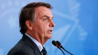Bolsonaro discursa em Brasília