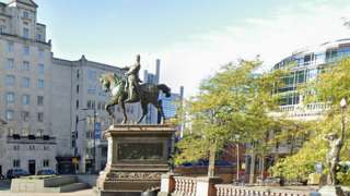 Black Prince statue in City Square