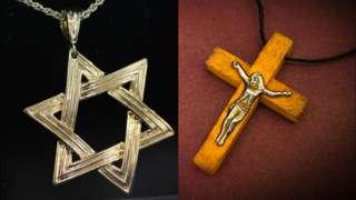 Cruces judía y cristiana.