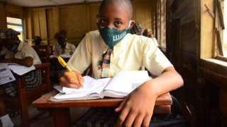 Un élève du secondaire nigérian.