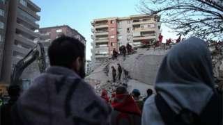 Землетрус у Туреччині та Греції: кількість жертв зросла до 27. Постраждалих - сотні