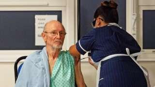 William Shakespeare receives his Covid-19 vaccine