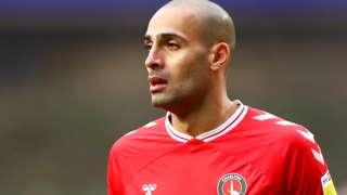 Darren Pratley in action for Charlton