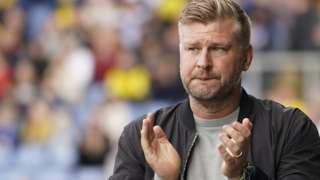 Oxford United head coach Karl Robinson
