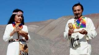 Inés Carvajal and Felipe Retamal pose for a photograph