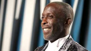 """Michael K Williams dey described by im peers as """"di kindest of persons"""" and """"immensely talented"""""""