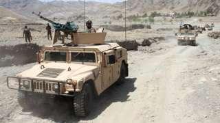 """Афганская армия патрулирует территорию на """"джипах"""""""