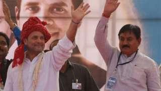 રાજકીય વિશ્લેષકો માને છે કે ગુજરાતમાં કૉંગ્રેસનું નેતૃત્વ નબળું પડી ગયું છે.