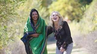 Nadyne Parr iyo saaxibteed Soraya Deen,