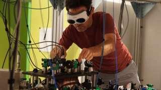 Pasqal quantum computer prototype