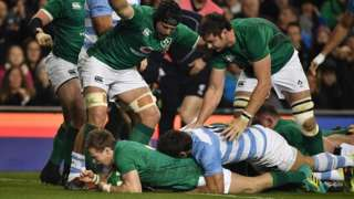Kieran Marmion scores Ireland's first try