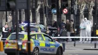 Crashed car after Westminster attack