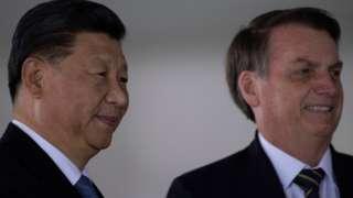 Bolsonaro em reunião com Xi Jinping em Brasília, em 14 de novembro