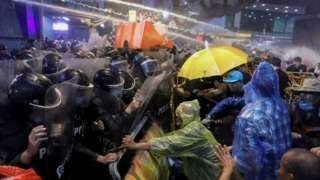Riot police use water canon against protesters in Bangkok, Thailand. Photo: 16 October 2020