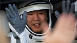 """宇航员野口聪一现已经坐过SpaceX的载人龙船舱""""、""""联盟号""""太空舱和航天飞机。"""