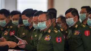 တပ်မတော် သားကိုယ်စားလှယ်များ