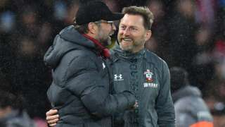 Rival managers Jurgen Klopp and Ralph Hasenhuttl share a joke