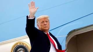 트럼프는 바이든 당선인의 취임식에 불참하고 곧바로 퇴임 후 거주지인 플로리다로 떠날 것이라고 밝혔다(자료사진)