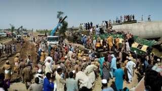 पाकिस्तानमा रेल दुर्घटना बारम्बार हुने गरेको पाइन्छ