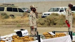 يهرب معظم المخدرات في إيران من أفغانستان