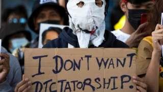 Demonstran di Myanmar.