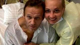 Alexei Navalny in hospital with wife Yulia,15 Sep 20