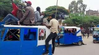 Dabaaldegyo ka socda magaalada Shire ee Tigray
