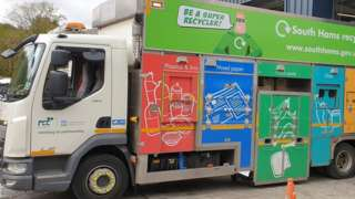Recycling lorry