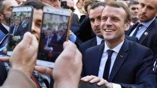 Macron seçilmeden önce Cezayir konusunda önemli adımlar atacağı izlenimi vermişti