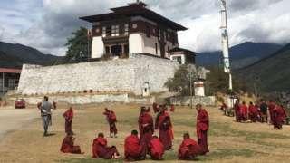 Monasterio en una colina de Timbu