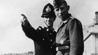 Policeman talking to German soldier in Guernsey