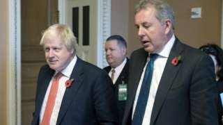 Boris Johnson and Sir Kim Darroch in November 2017