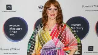 Hannah Peel wearing the sustainable Kitty Joseph