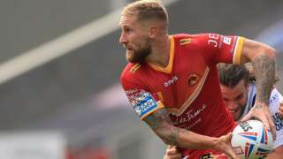 Sam Tomkins looks to offload for Catalans