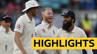 England team celebrate a wicket
